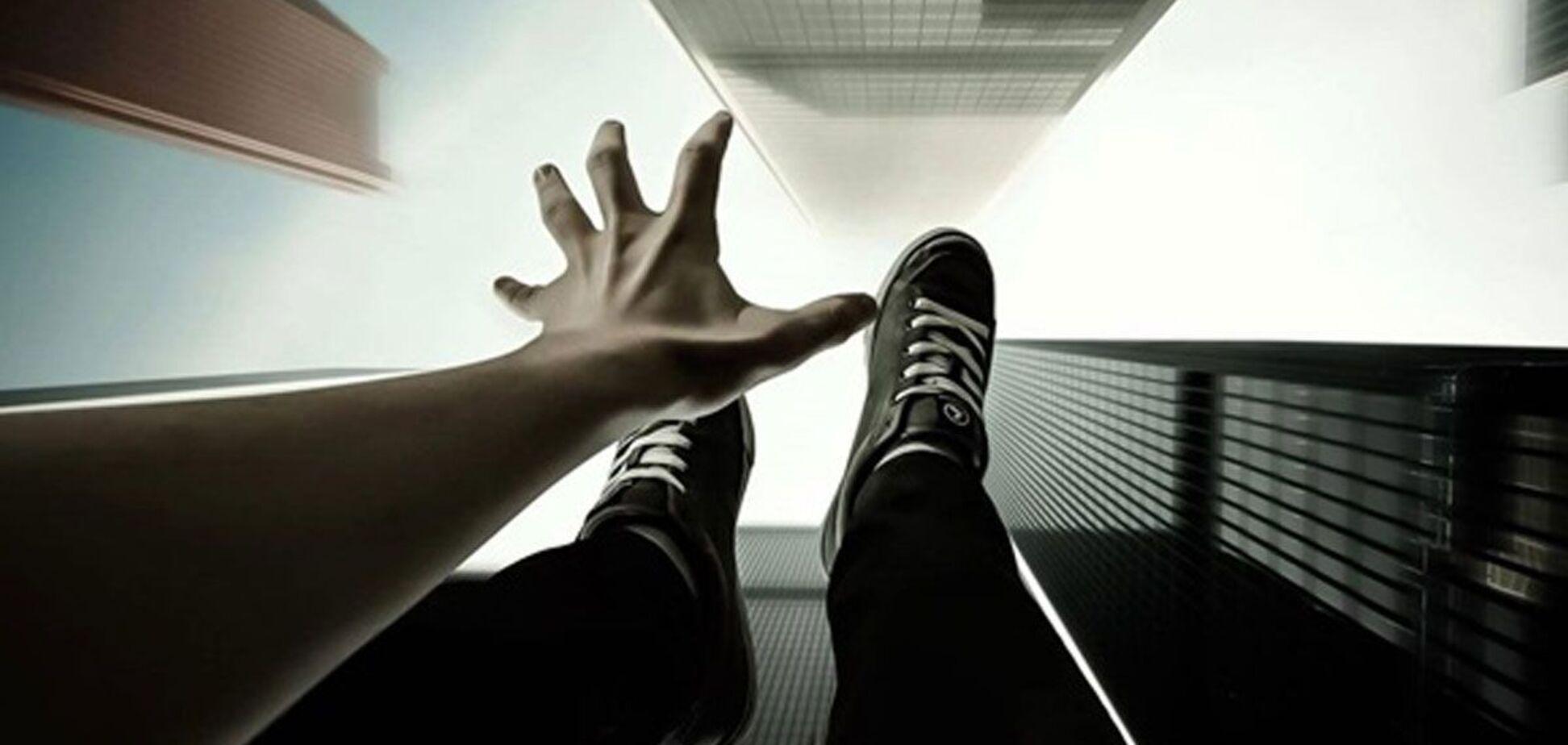 Підліток стрибнув із семиповерхівки