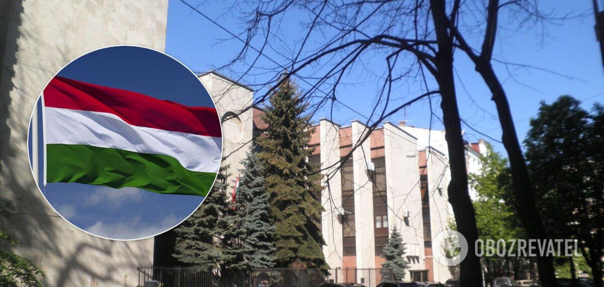 В Венгрии оправдались за гимн, спетый украинскими депутатами на Закарпатье