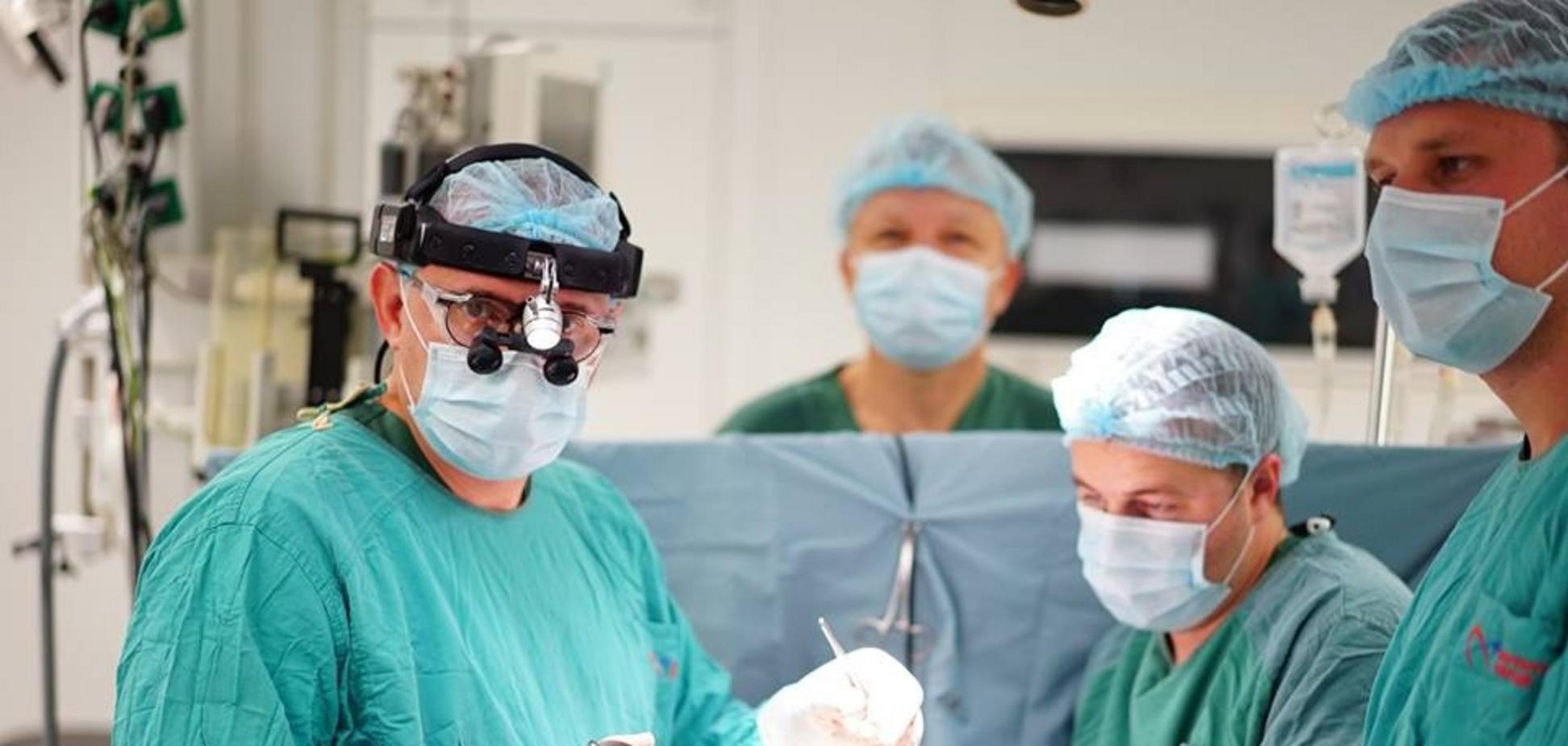 Бригада Інституту серця сьогодні врятувала життя 5 казахських дітей