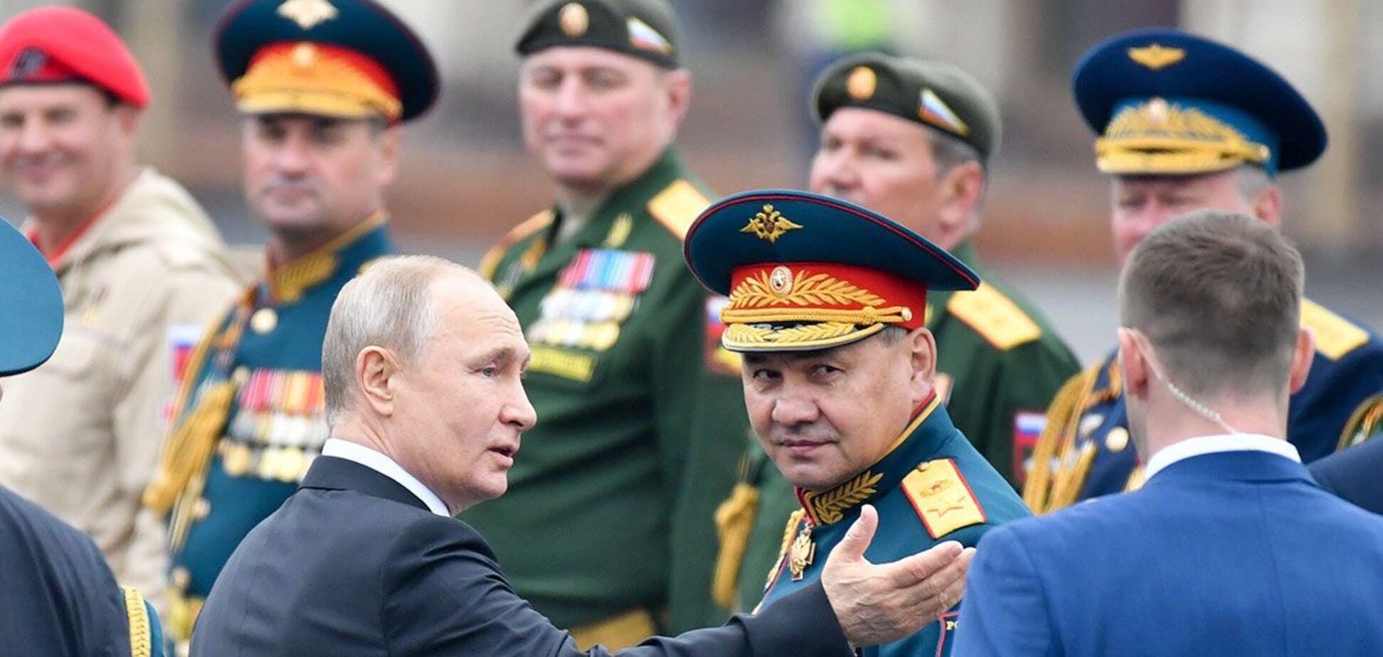 Страшный ЦРУ заставляет Путина и компанию воровать и убивать?