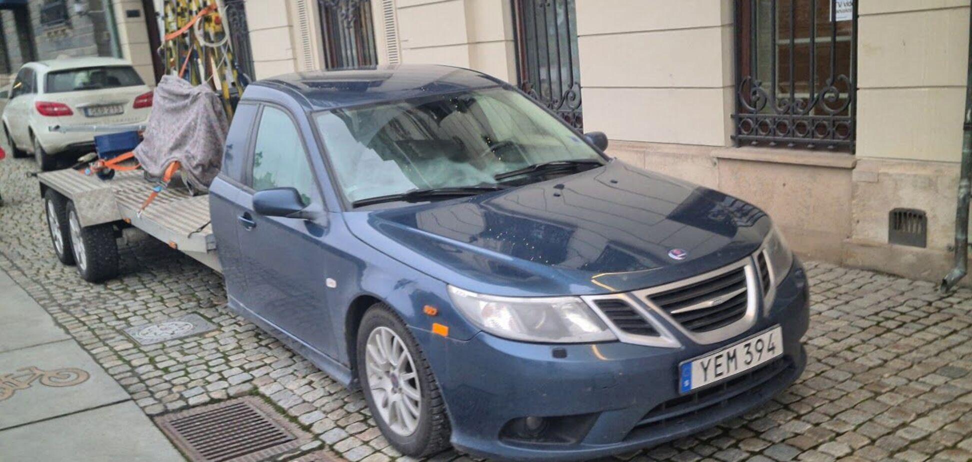 Необычный 6-колесный Saab 9-3 занял место Mercedes S-Class и Audi A8