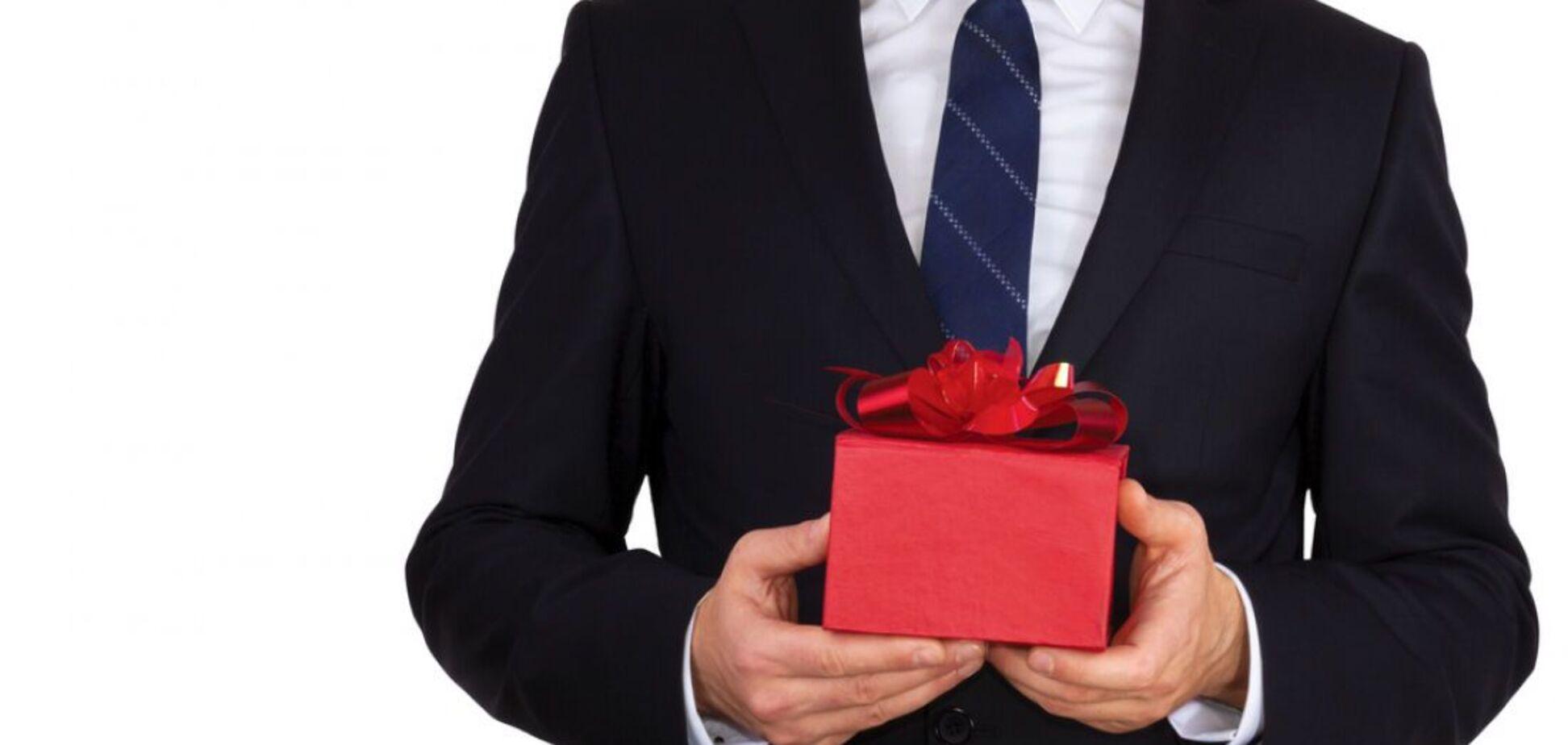 Чому чоловіки не дарують подарунки