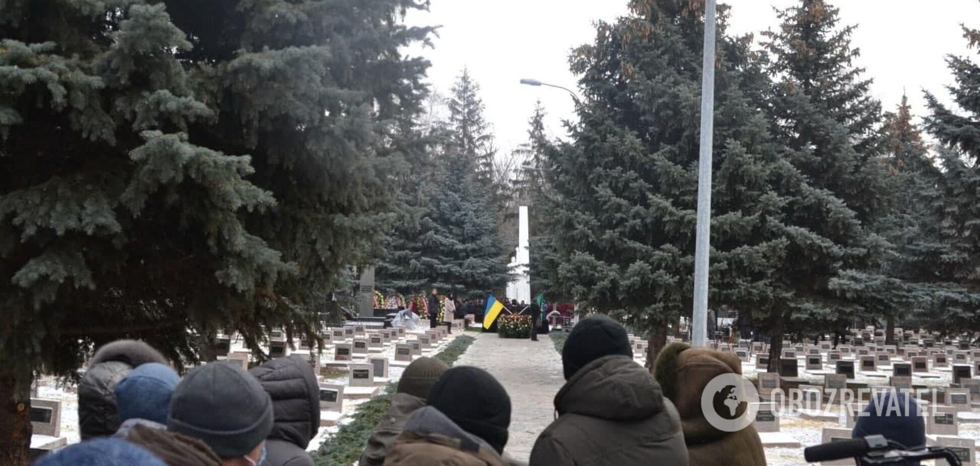 Во время похорон Кернеса запустили фейерверк