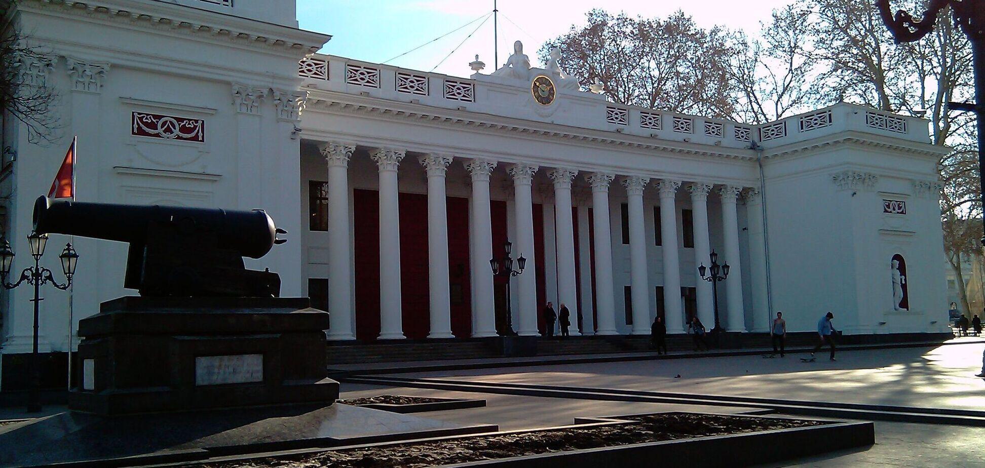 В Одесі депутати не дозволили офіційні виступи російською мовою