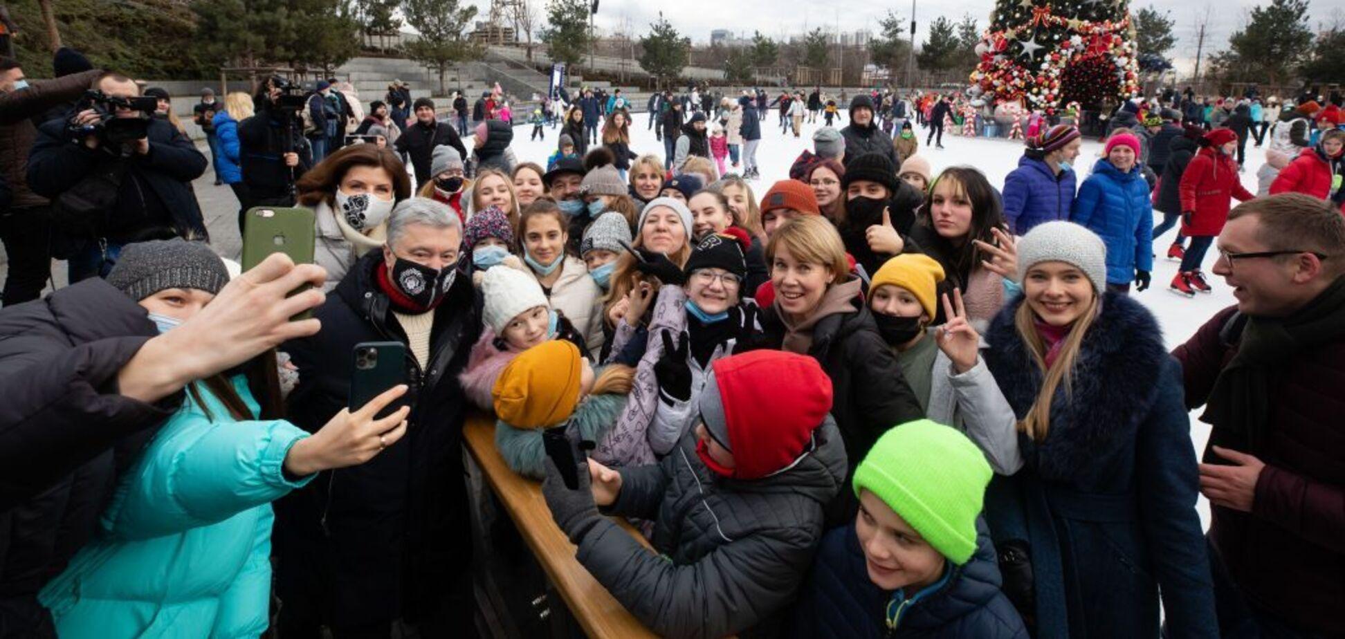 Порошенко пригласили на каток воспитанников детдомов