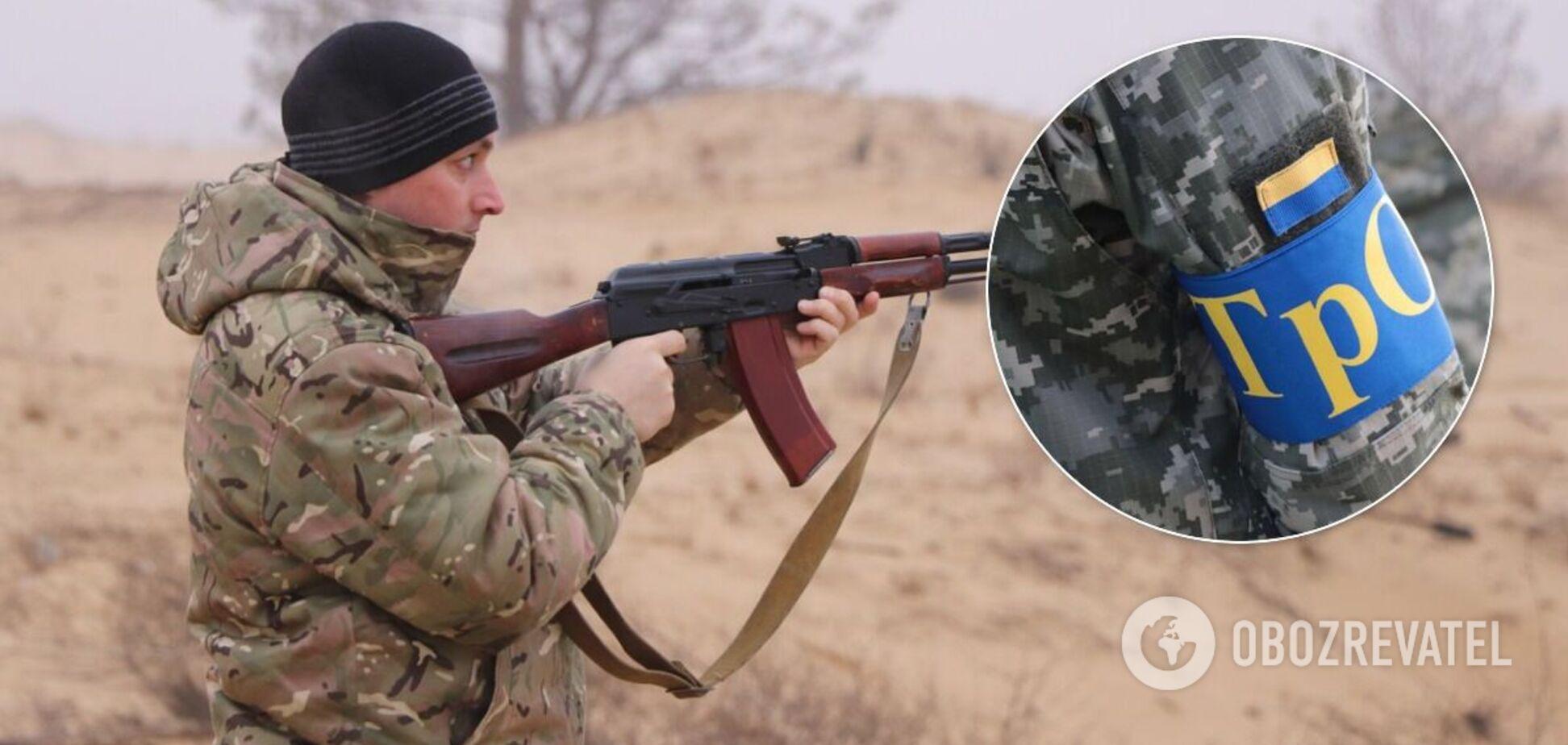 Украинцам хотят раздать стрелковое оружие для хранения дома