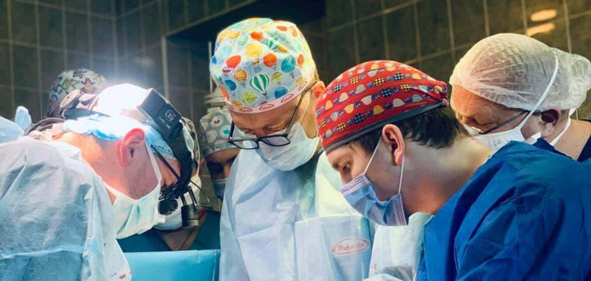 Операція з пересадження серця