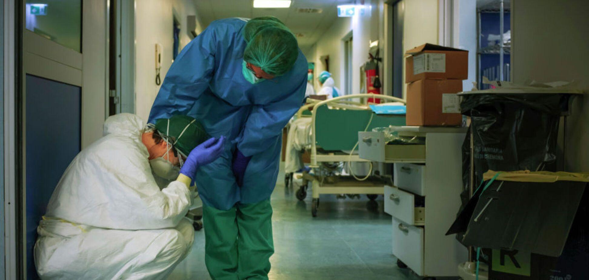 Работа за копейки: обещанного повышения зарплат врачам не будет