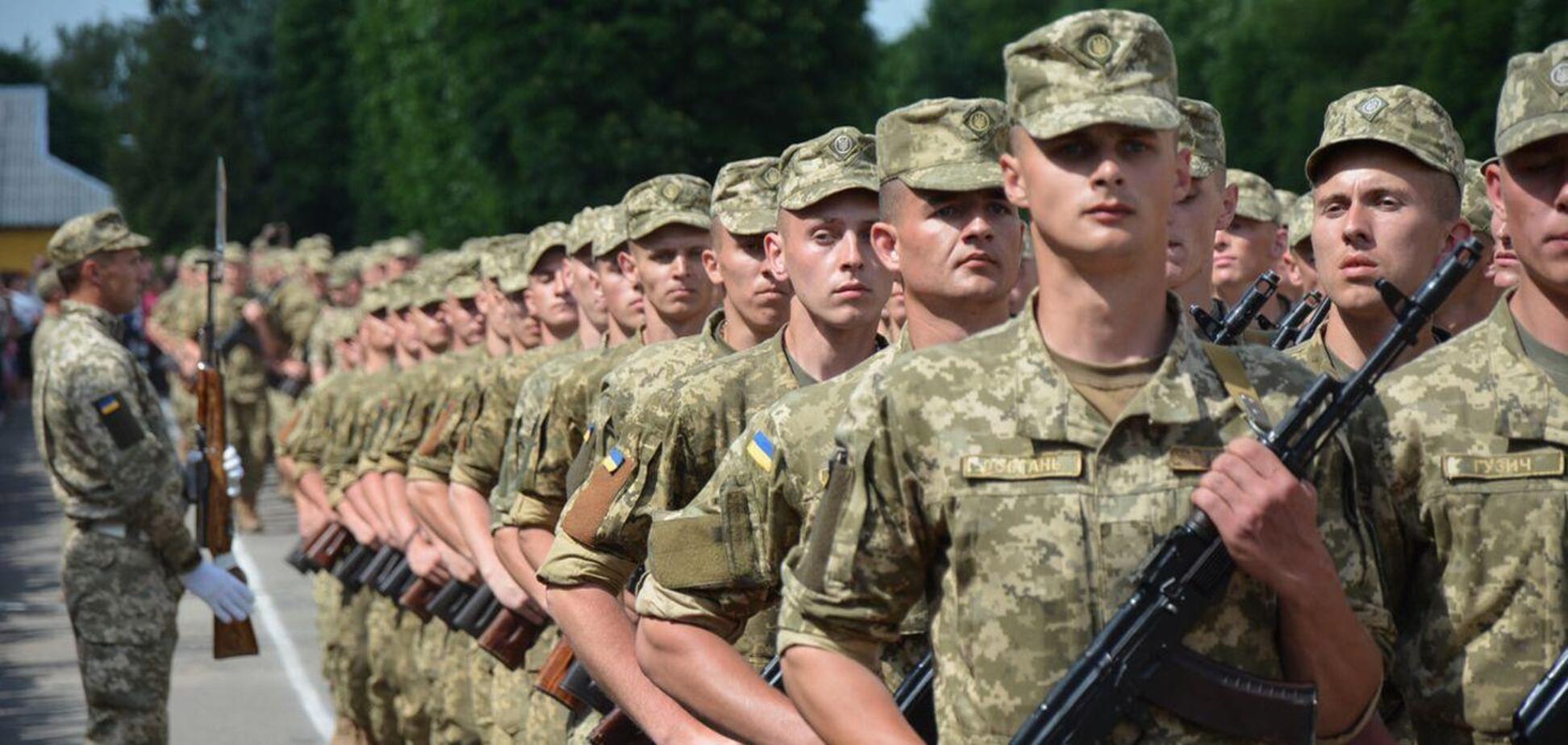 Бутусов поздравил украинских военнослужащих с Днем вооруженных сил Украины