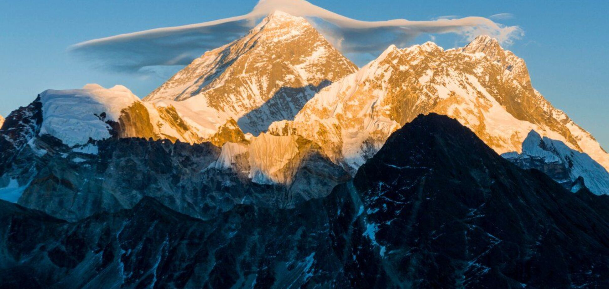 Геодезисти змінили висоту Евересту: опубліковано результати дослідження