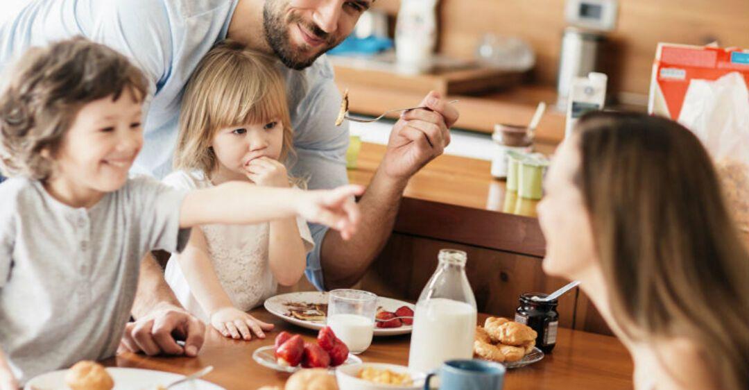 Делает день: диетолог рассказала, почему нельзя забывать о завтраке