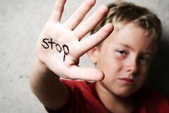 'Кожні 5 хвилин – насильство над дитиною': Кулеба озвучив моторошну статистику
