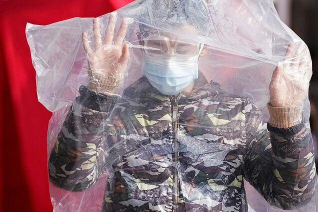 У РФ продають заговорену воду від коронавірусу