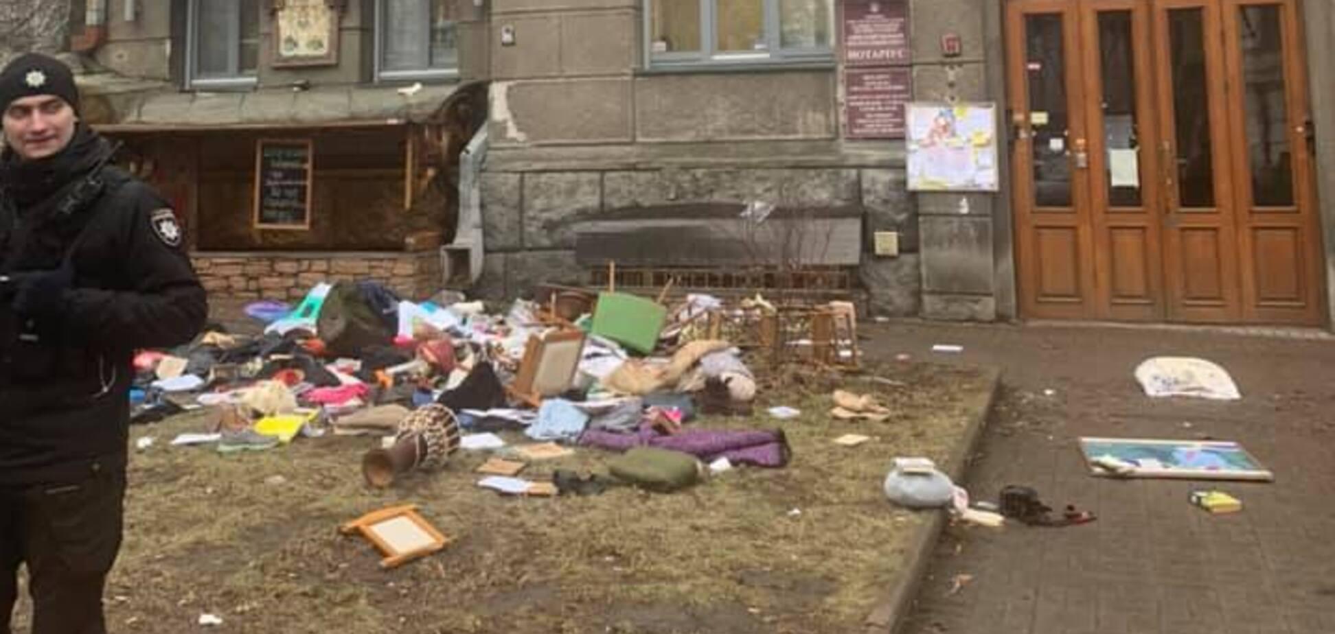 В Киеве девушка коварно 'отомстила бывшему парню'