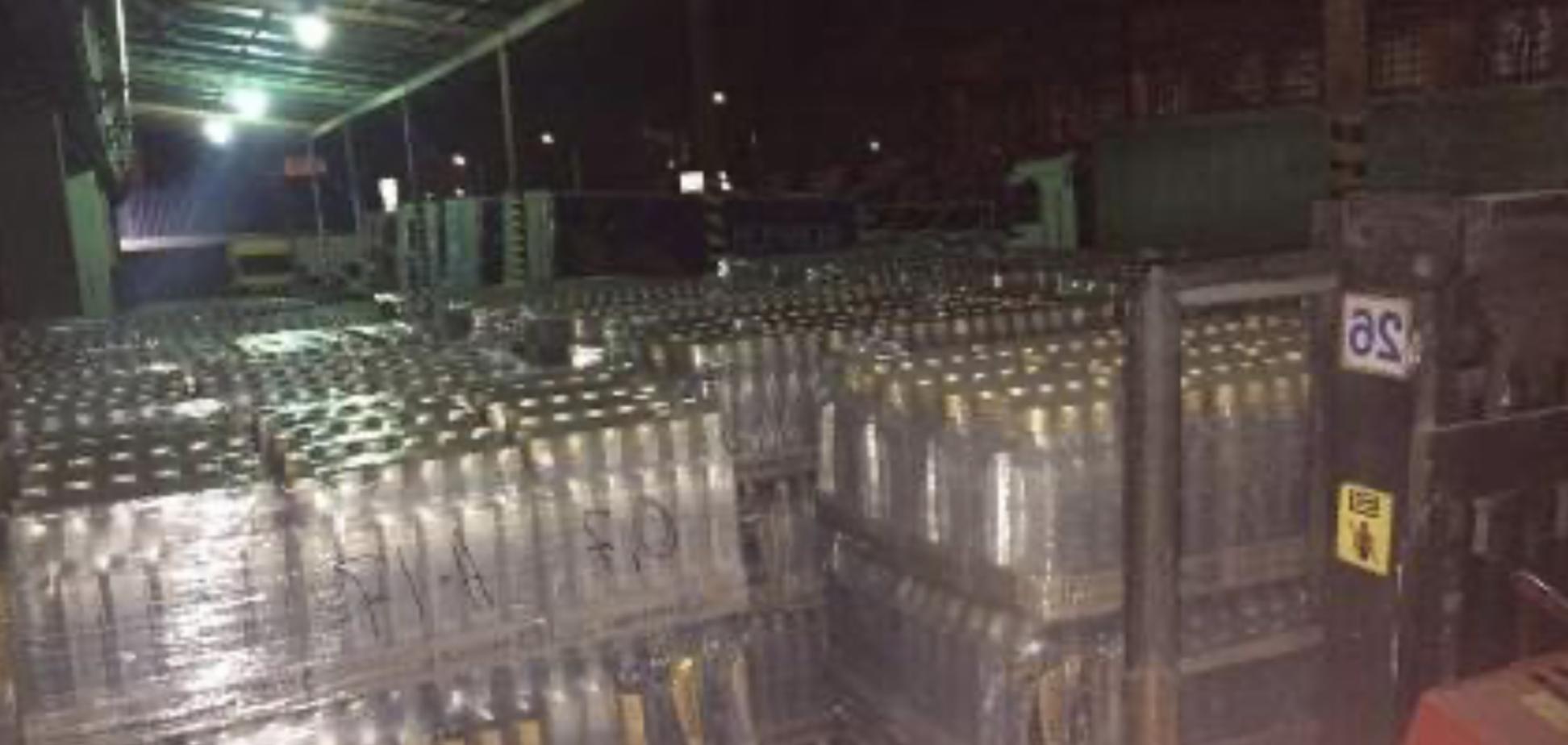 У Києві ДПС виявила понад 10 тис. пляшок горілки з недійсними акцизними марками