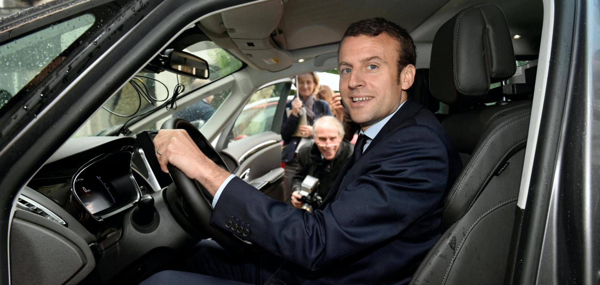 Чиновники во Франции будут вынуждены отказаться от самолетов и автомобилей