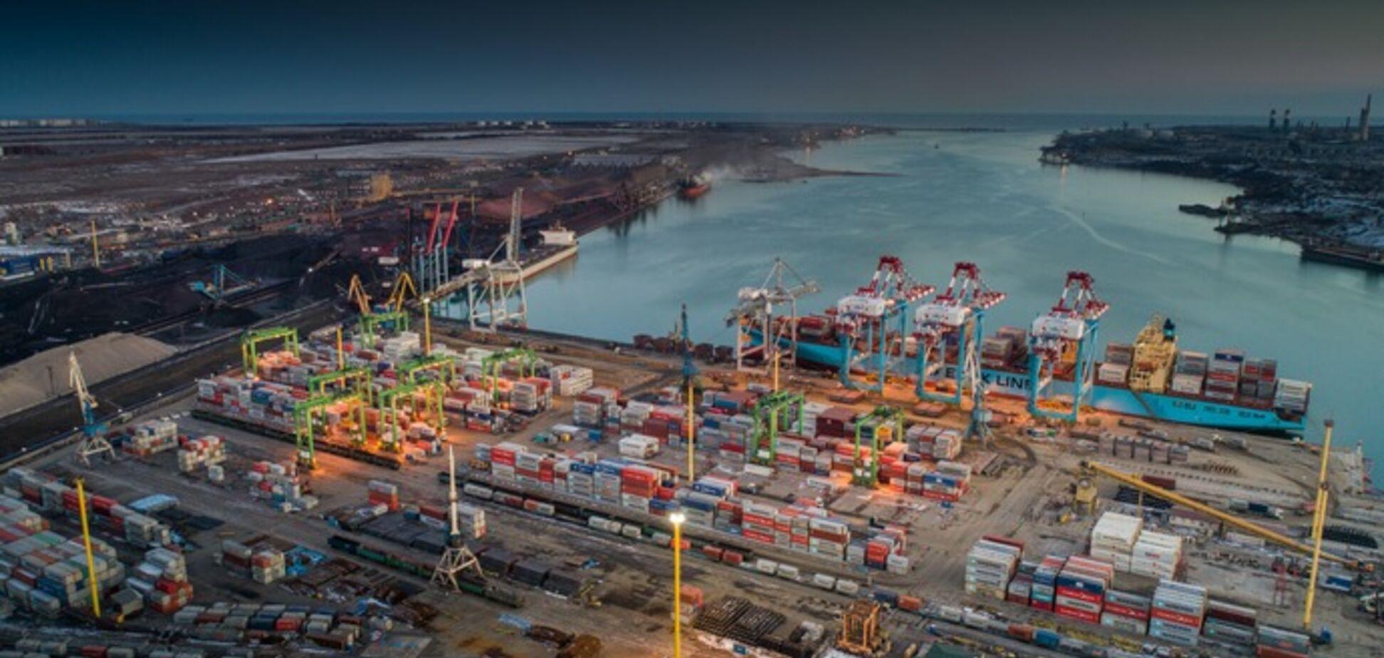 Найбільший портовий оператор світу придбав контрольний пакет акцій контейнерного терміналу ТІС