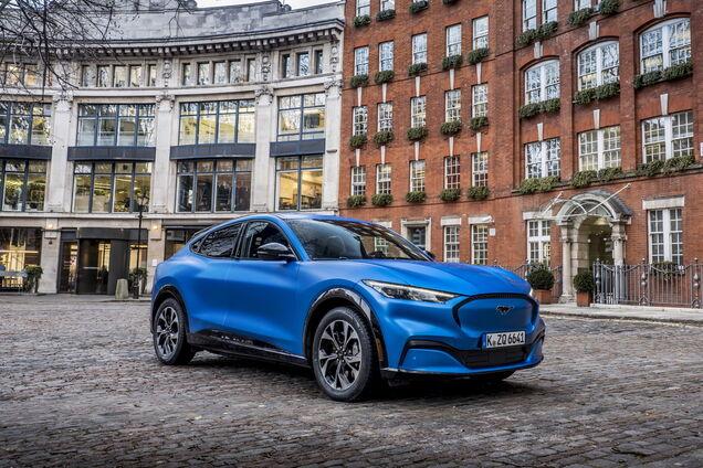 Символічно, що Ford Mustang Much-E для європейського ринку презентували в столиці Великобританії, яка нещодавно вийшла з ЄС