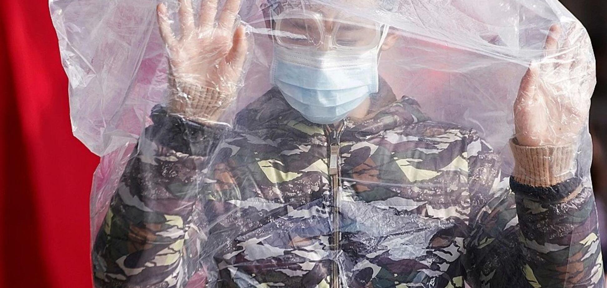 У Китаї за день коронавірусом заразилося 15 тис., понад 200 померли