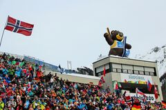 Неймовірні Доломіти та ризик Підручного: чим запам'ятався старт чемпіонату світу з біатлону