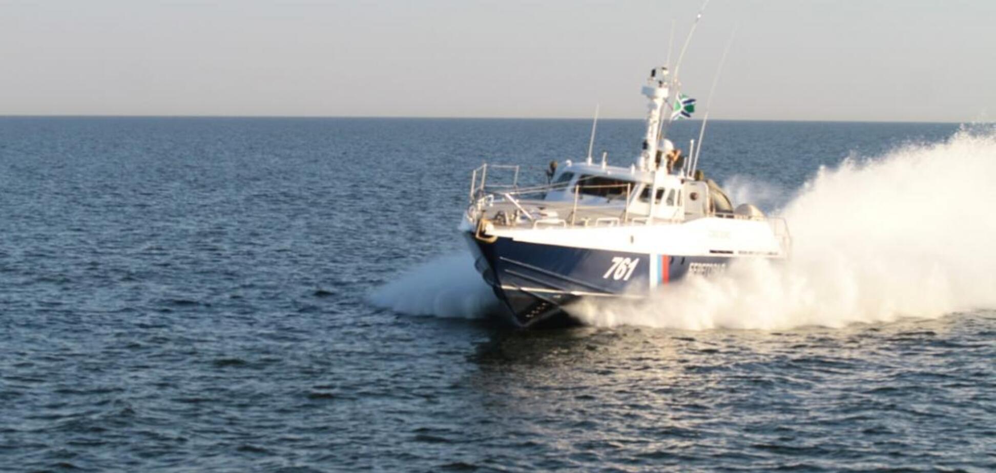Оккупанты задержали судно с украинцами в Азовском море. Фото