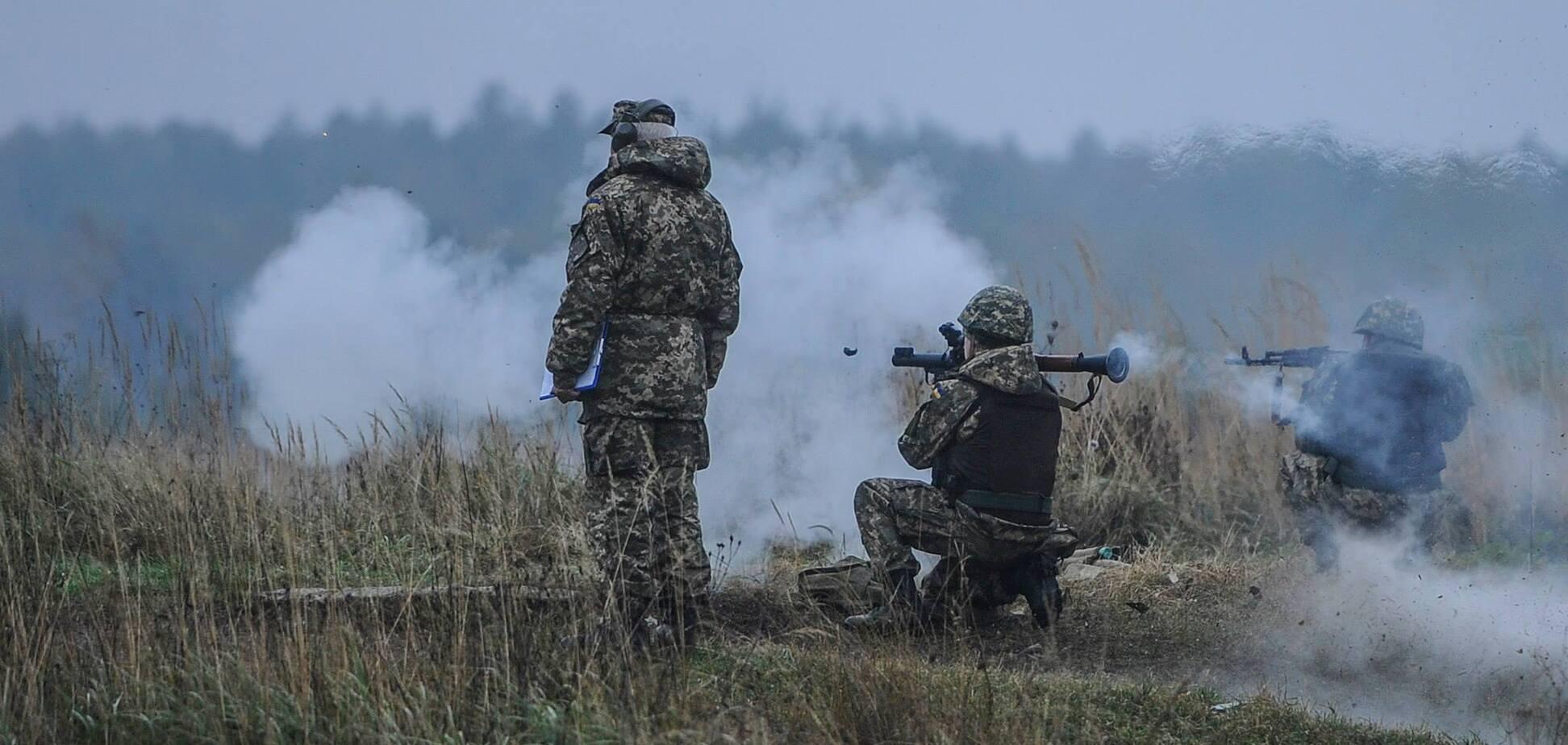 Террористы устроили масштабный обстрел на Донбассе: ранен боец ВСУ