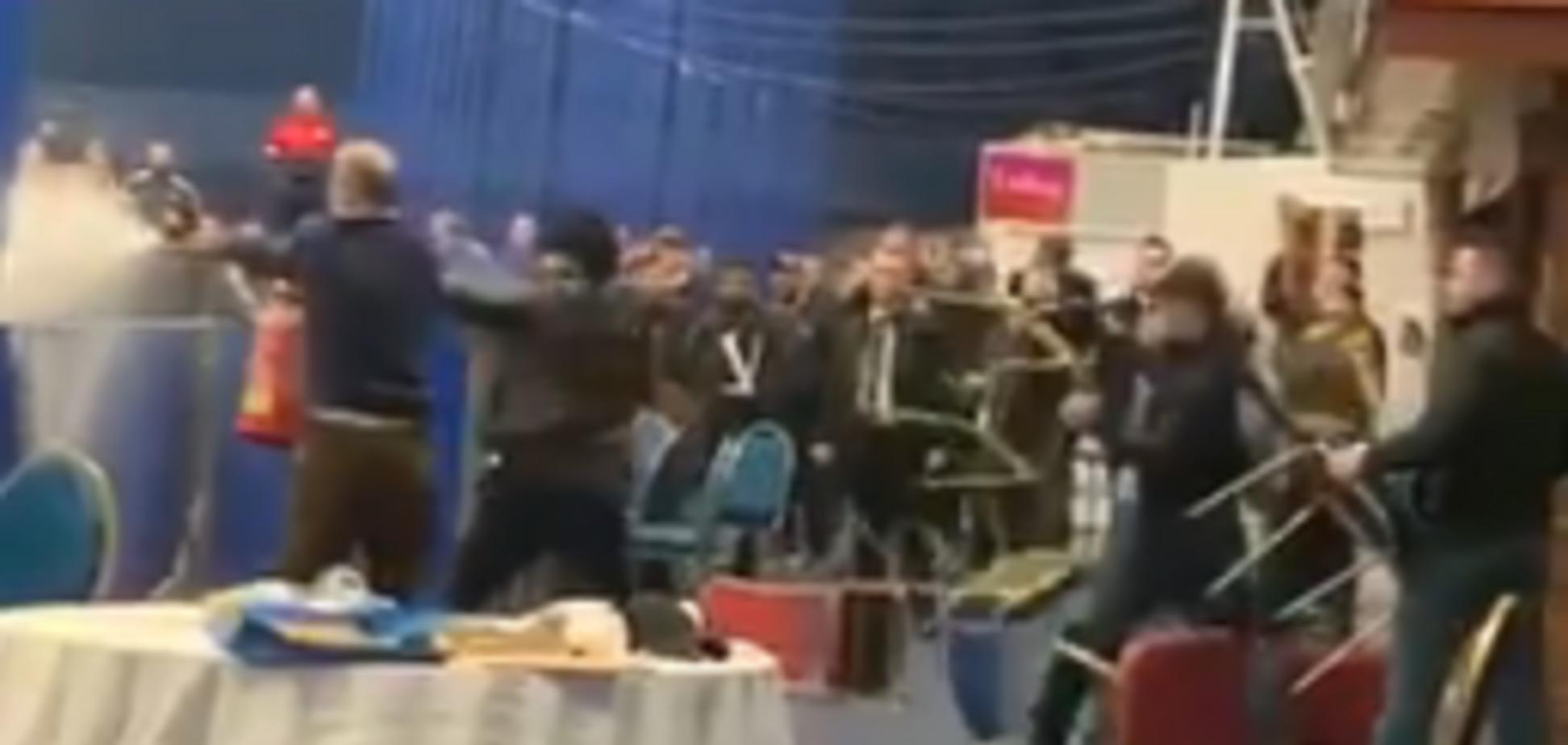 Бійня на чемпіонаті з боксу серед юнаків в Ковентрі