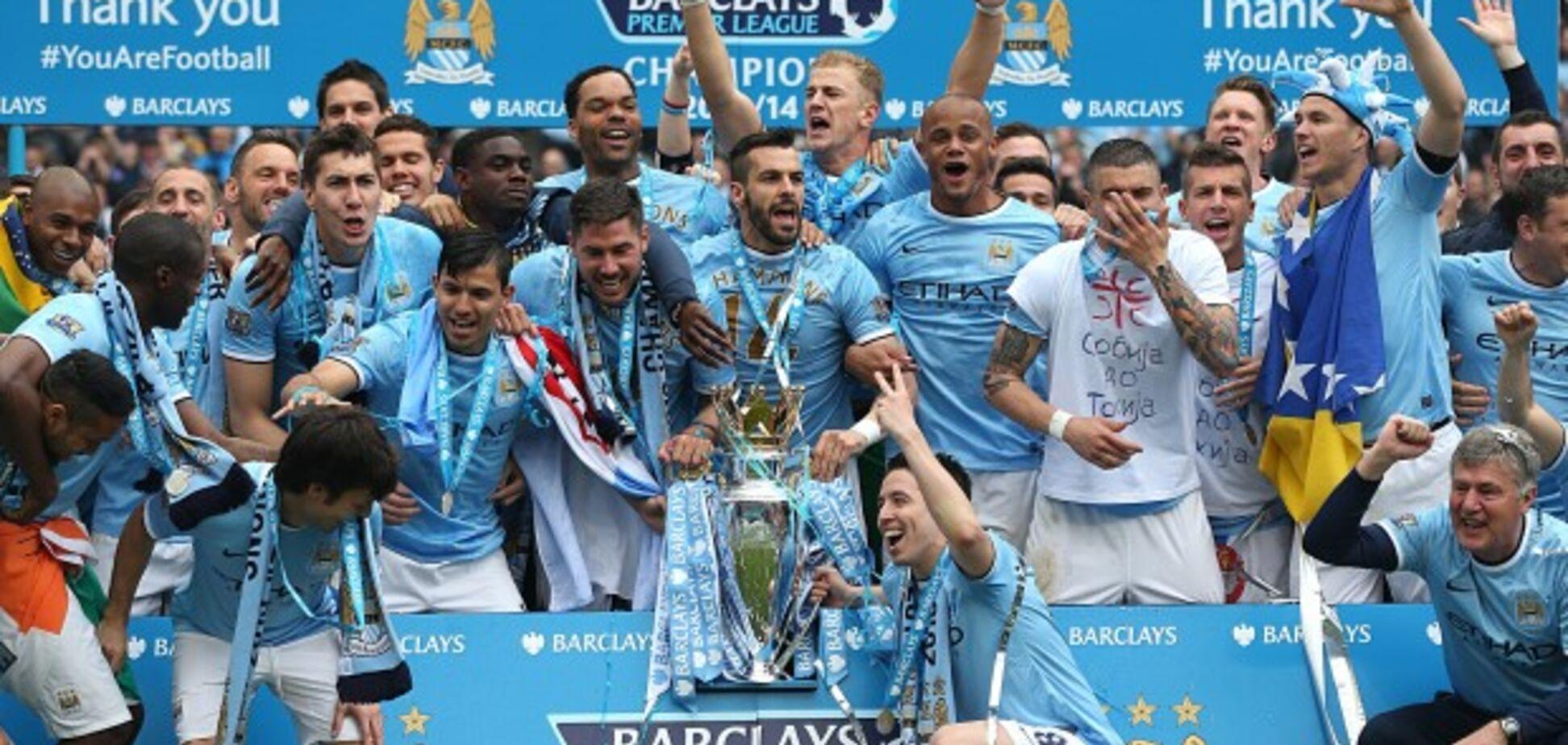 Игроки 'Манчестер Сити' празднуют победу в АПЛ в сезоне 2013/14