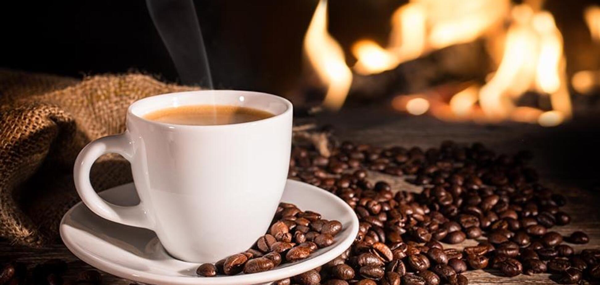 Начиная с кофе: врачи назвали три самые вредные утренние привычки