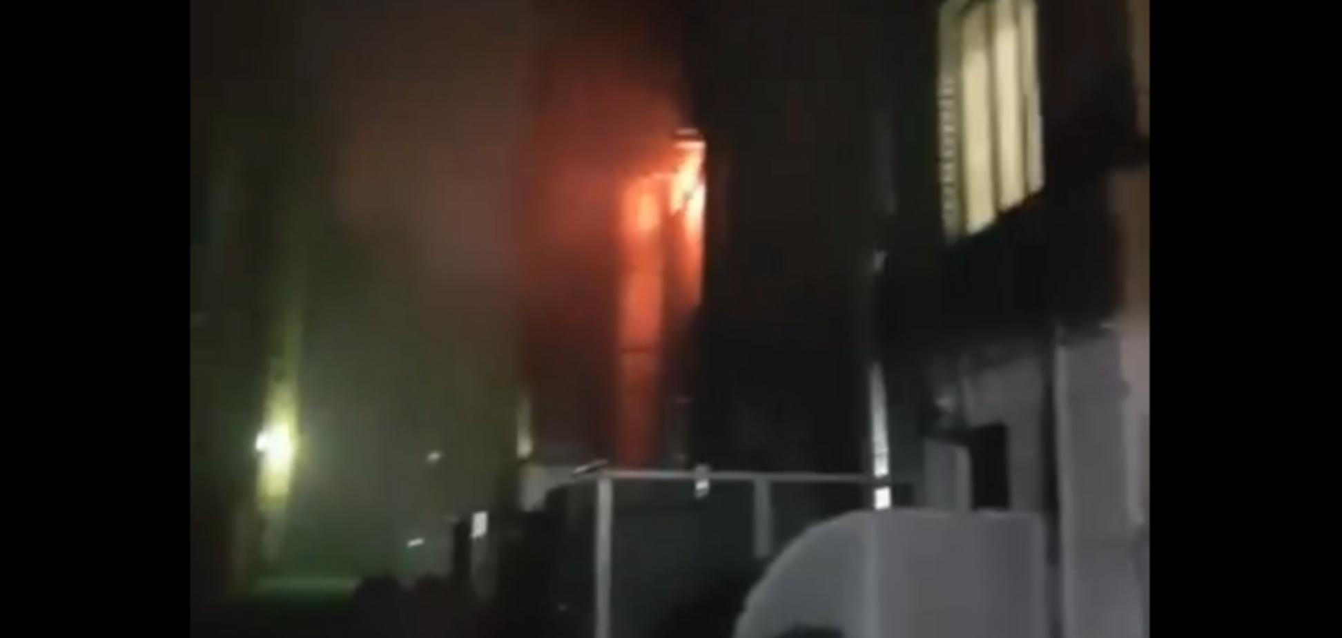 У ресторані Шато в Києві спалахнув вогонь