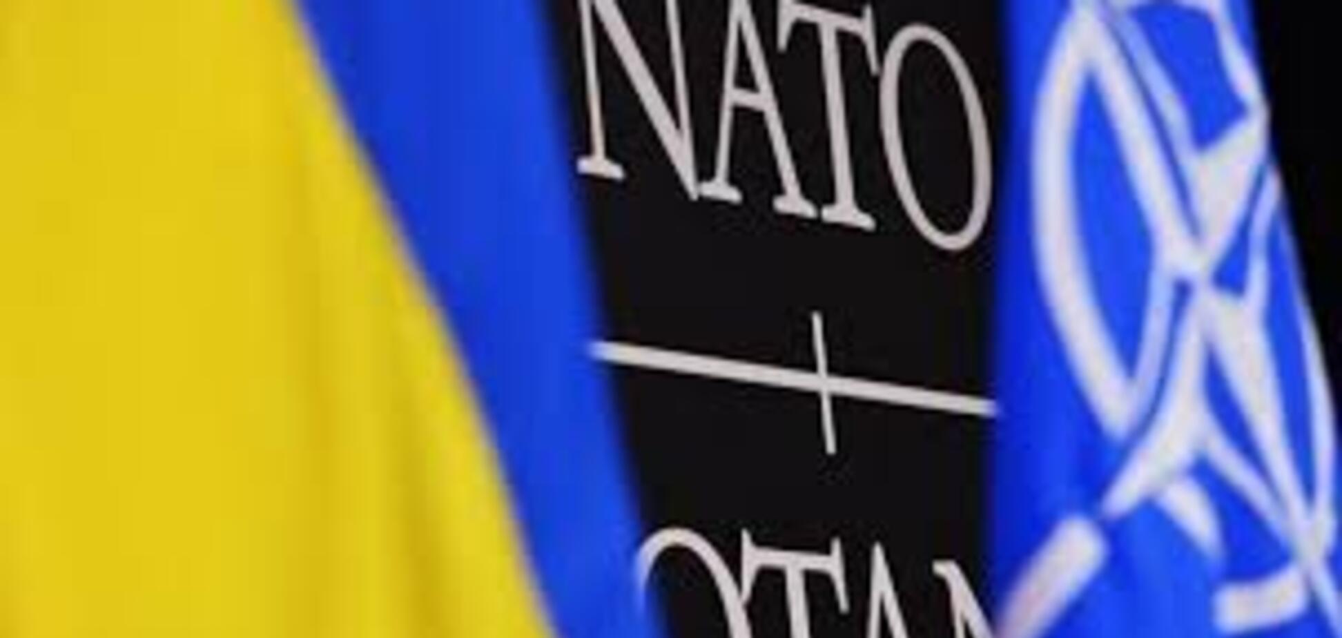 Эскалация войны в Украине: в НАТО призвали Россию уйти с Донбасса