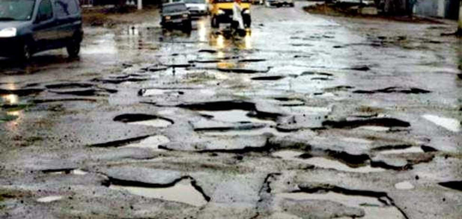 Правительству указали на некомпетентность руководства ГАК 'Автомобильные дороги Украины'- эксперт