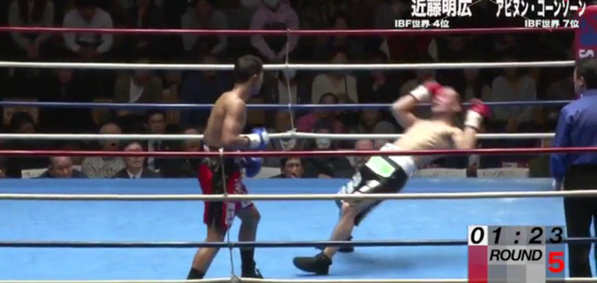 Непереможний боксер страшним нокаутом 'убив' суперника