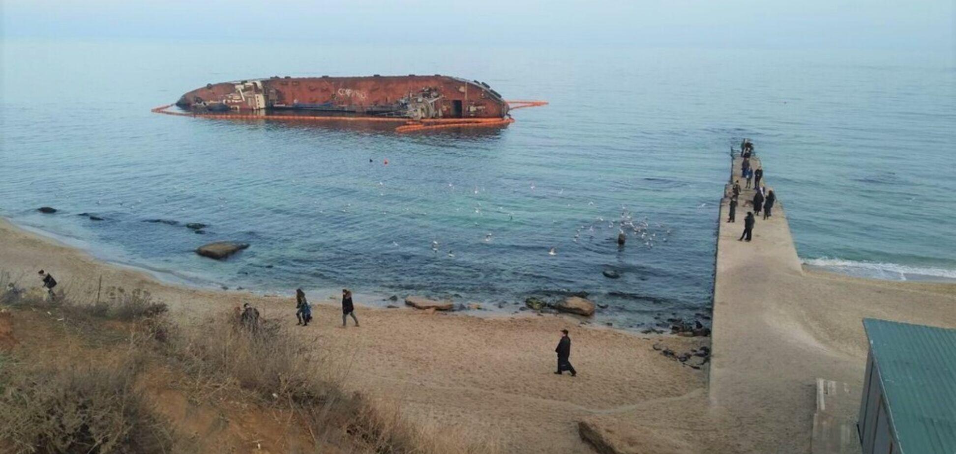 У справі про катастрофу танкера 'Делфі' в Одесі знайшли підозрюваних