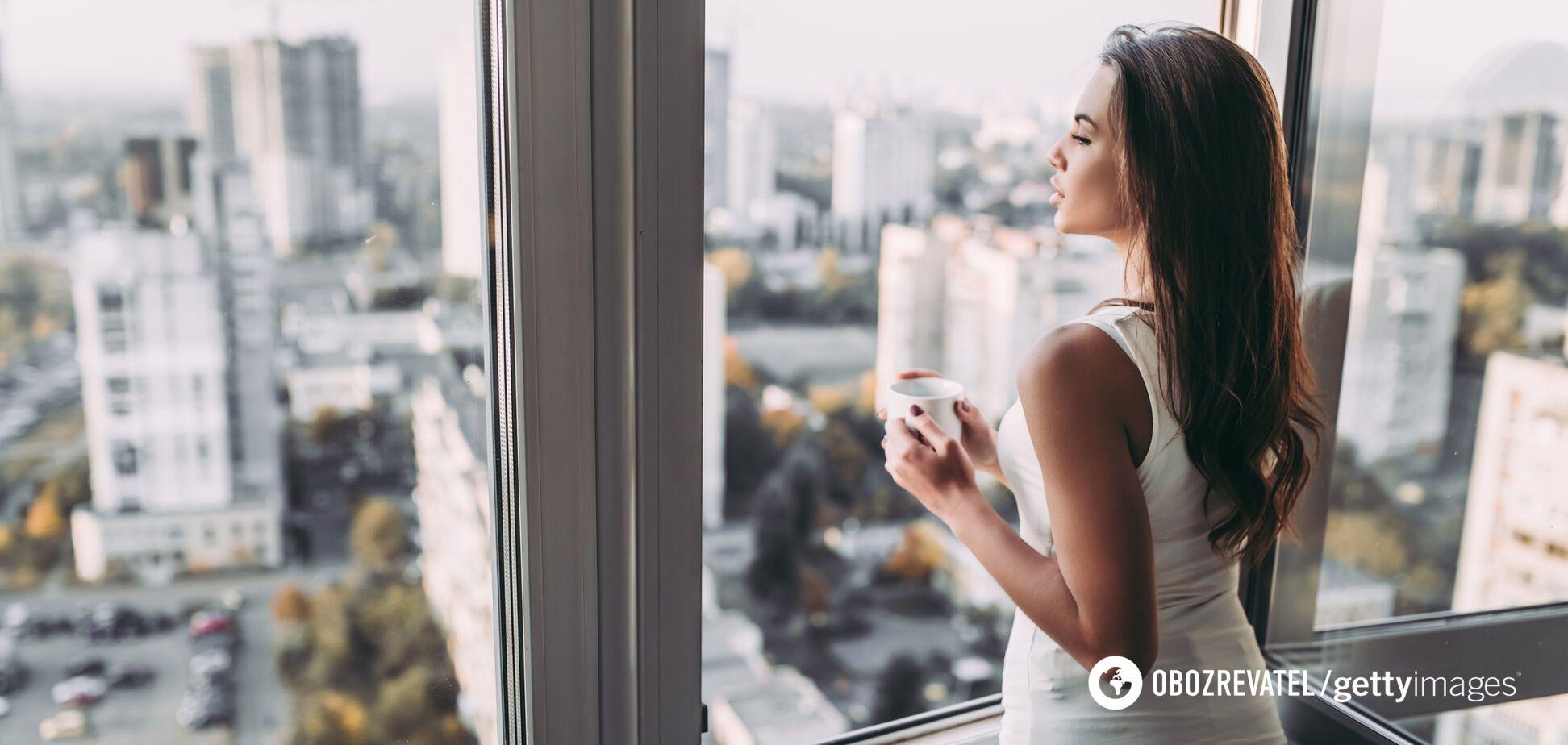 Вода по утрам: как и с чем ее пить. Советы диетолога