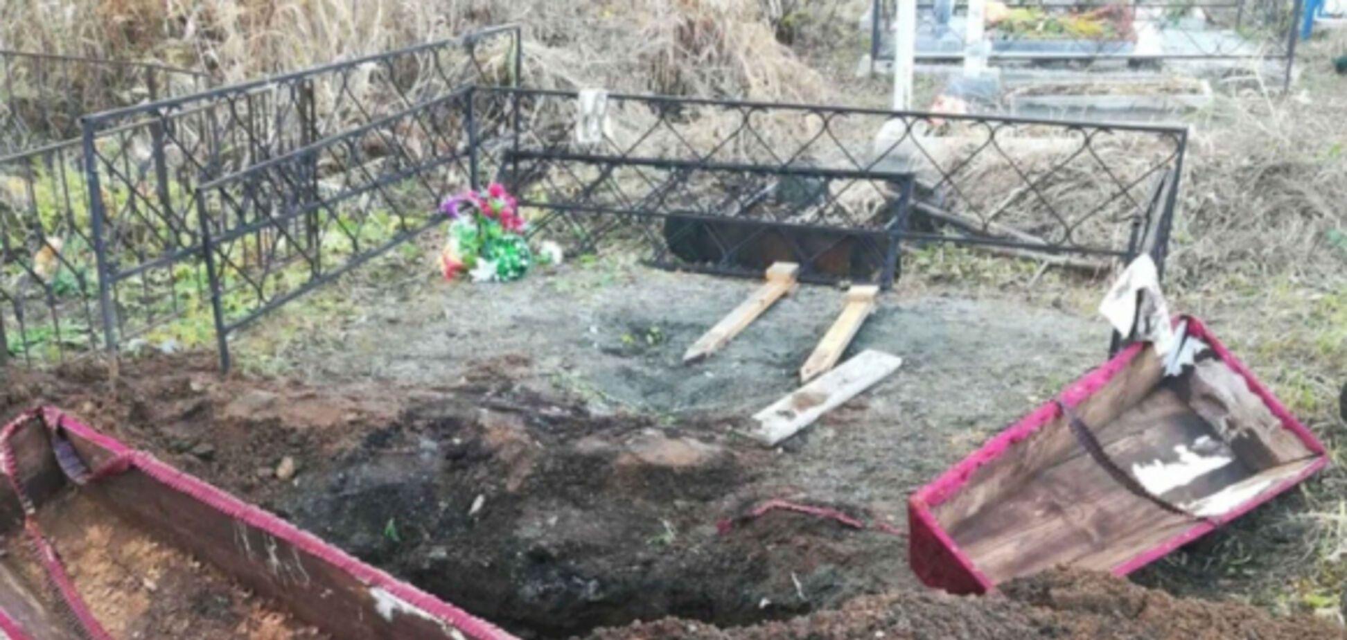 На Волыни мужчина разрывал могилы ради денег: суд вынес решение