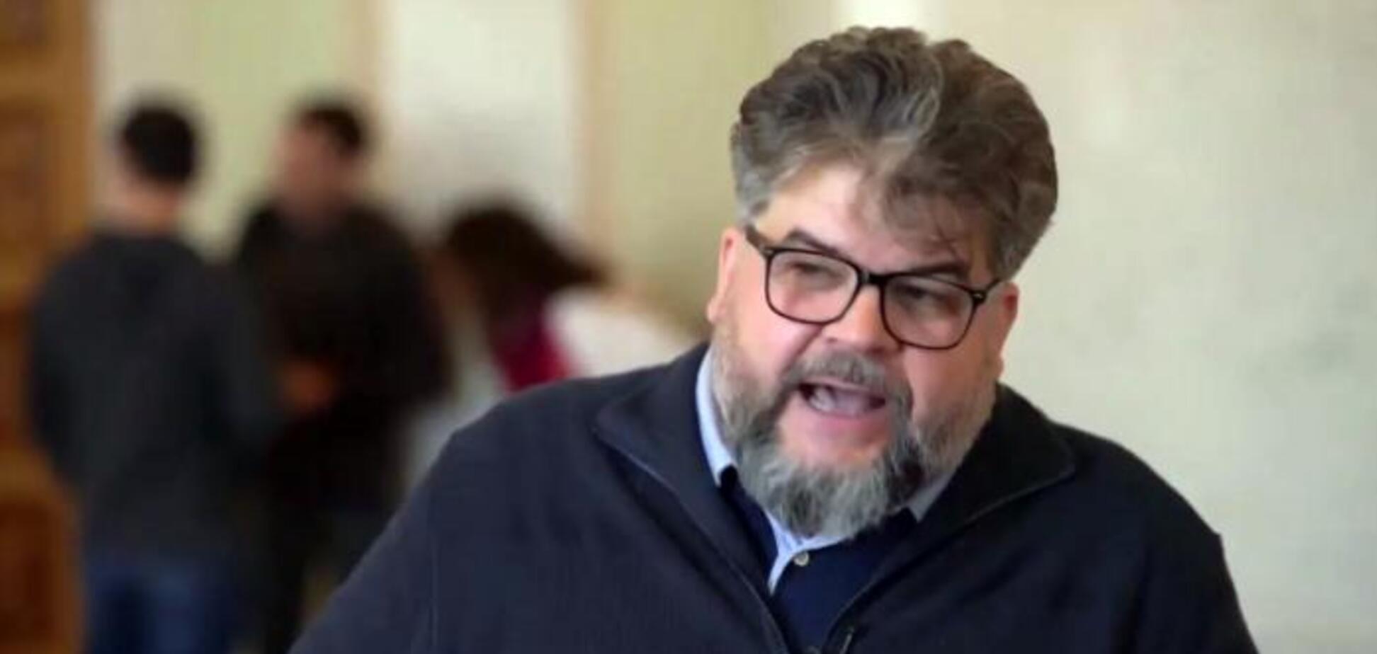 Скандальний депутат назвав паніку в Нових Санжарах 'інформаційною операцією'
