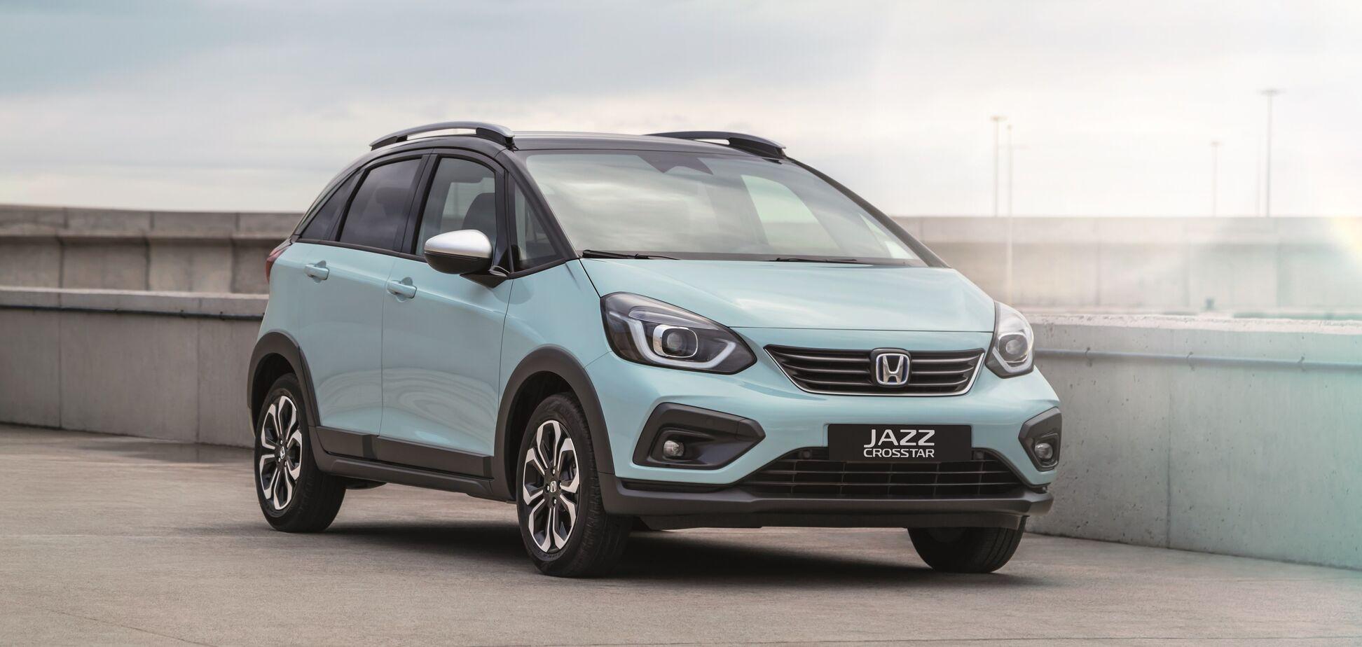 Honda Jazz получила новый дизайн и стала гибридом