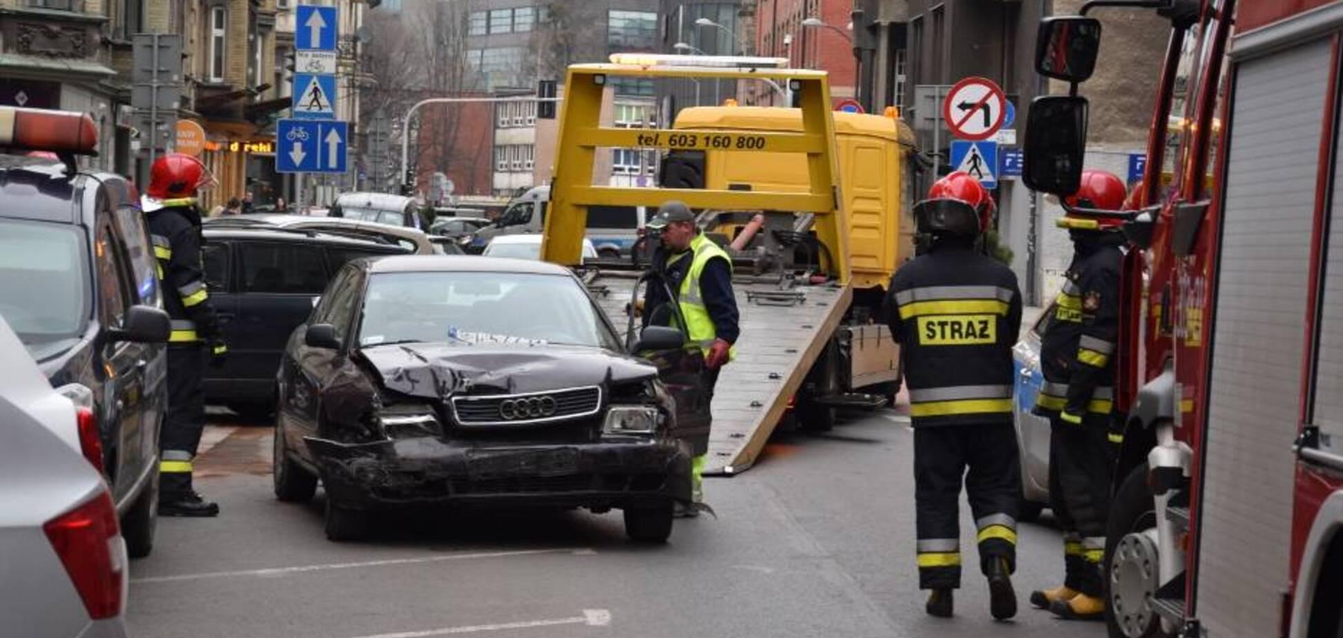 У Польщі п'яний українець протаранив 8 авто. Фото