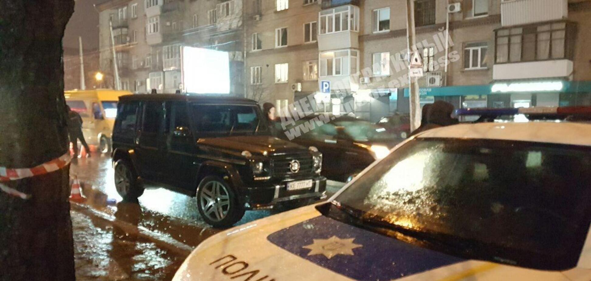 В Днепре открыли огонь по бизнесмену и полиции: все детали и видео перестрелки