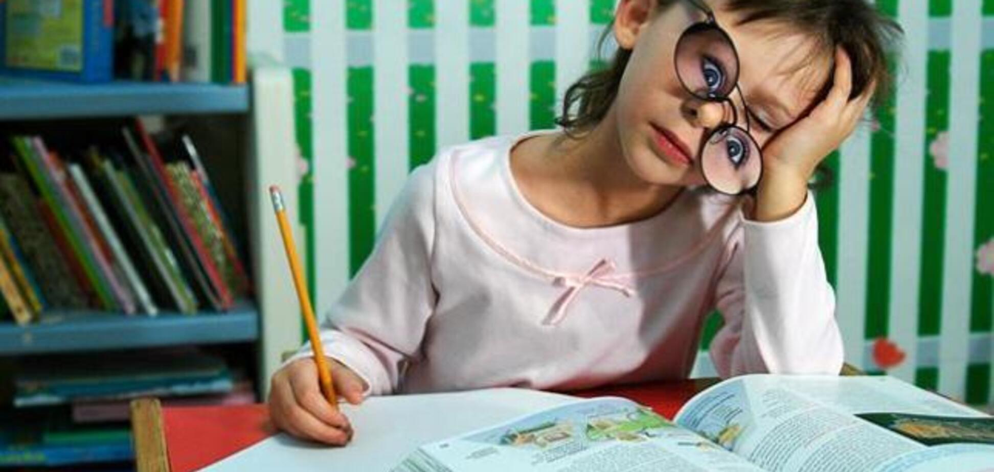 Як робити з дитиною уроки без істерик і сліз: психологиня дала поради батькам