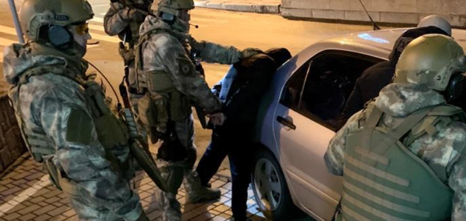Перестрелка в центре Днепра: в сеть попало видео задержания подозреваемых