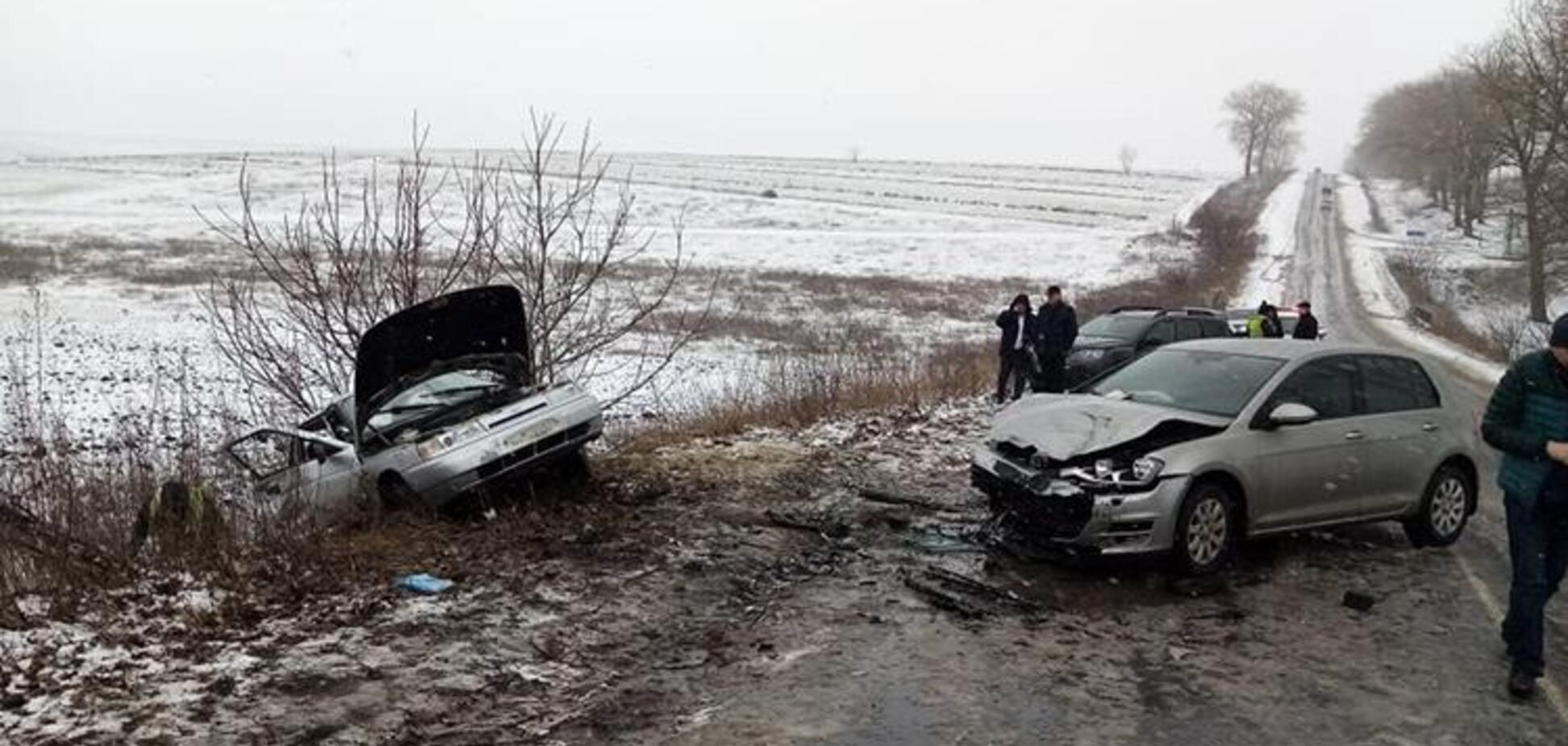 На трассе под Тернополем погиб прокурор: фото с места ДТП