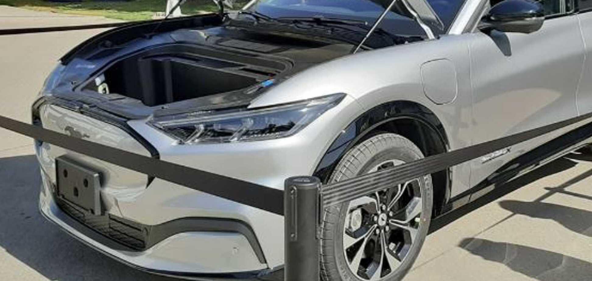 Мексиканцы выпустили первый электрический кроссовер Ford. Фото