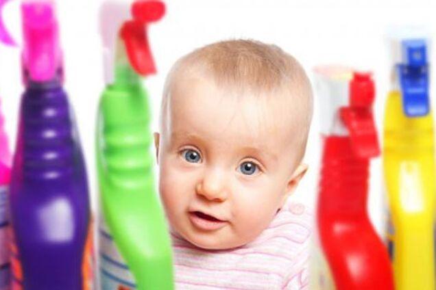 Що робити, якщо дитина випила побутову хімію: експертка дала поради