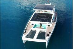 У США показали 'зелену' яхту для мільйонерів з нескінченним запасом ходу