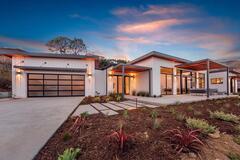 У США почали продавати збірні автономні будинки на сонячних панелях