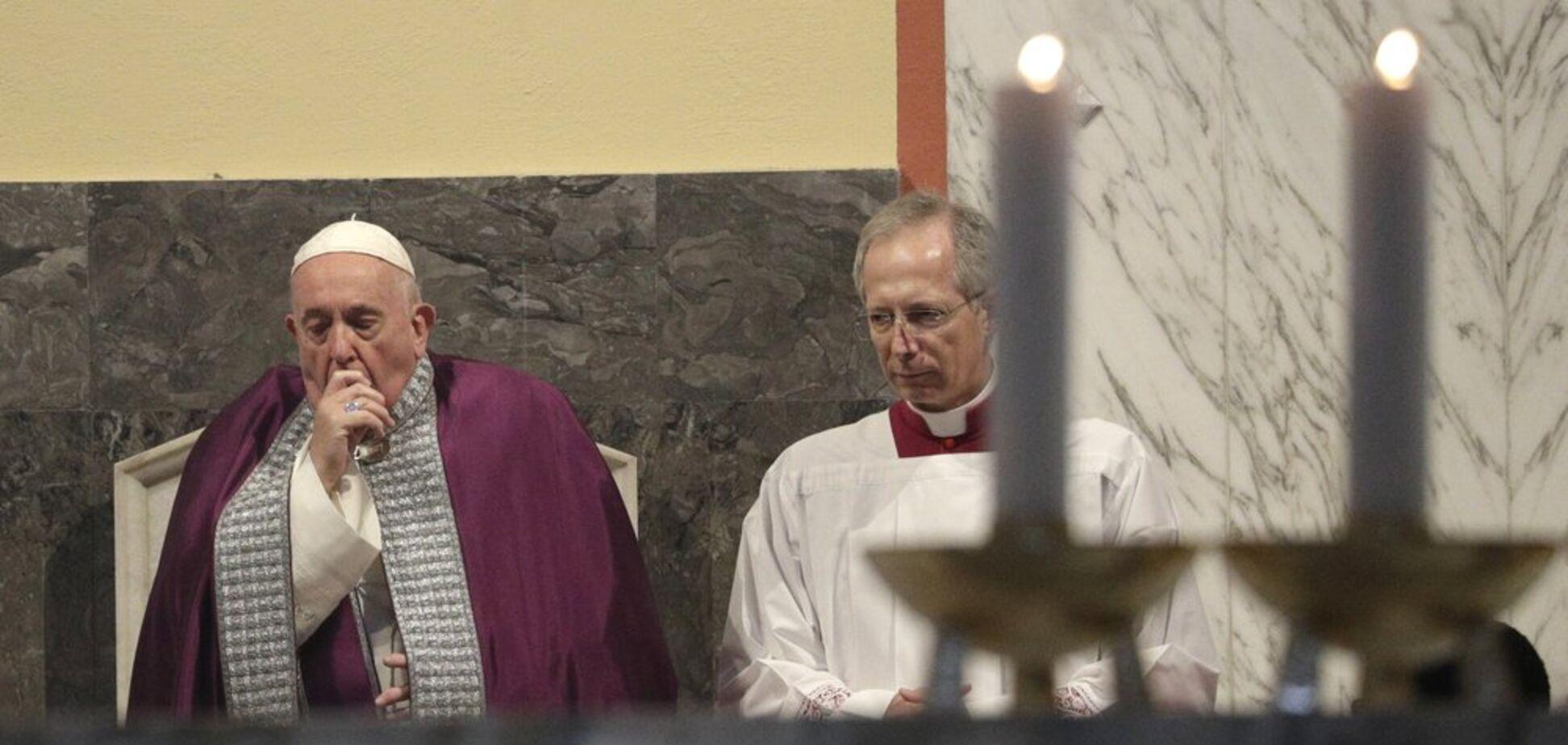 Папа Римский заболел после встречи с прихожанами в Италии