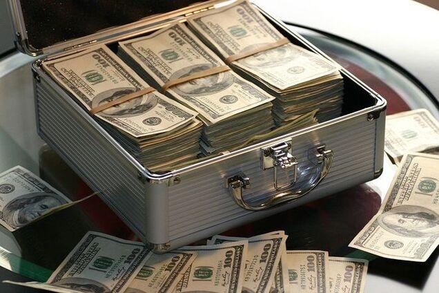 """На Черниговщине """"развели"""" мужчину на полмиллиона долларов"""