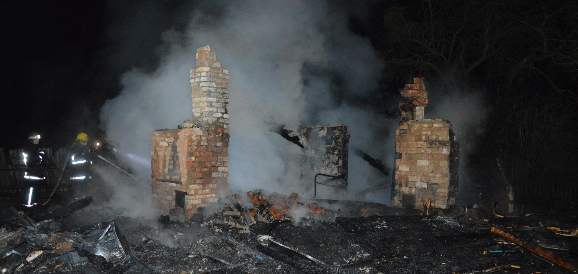 На Волыни дома заживо сгорели маленькие дети